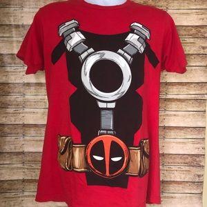 Marvel Deadpool Red Graphic Short Sleeve T-Shirt M